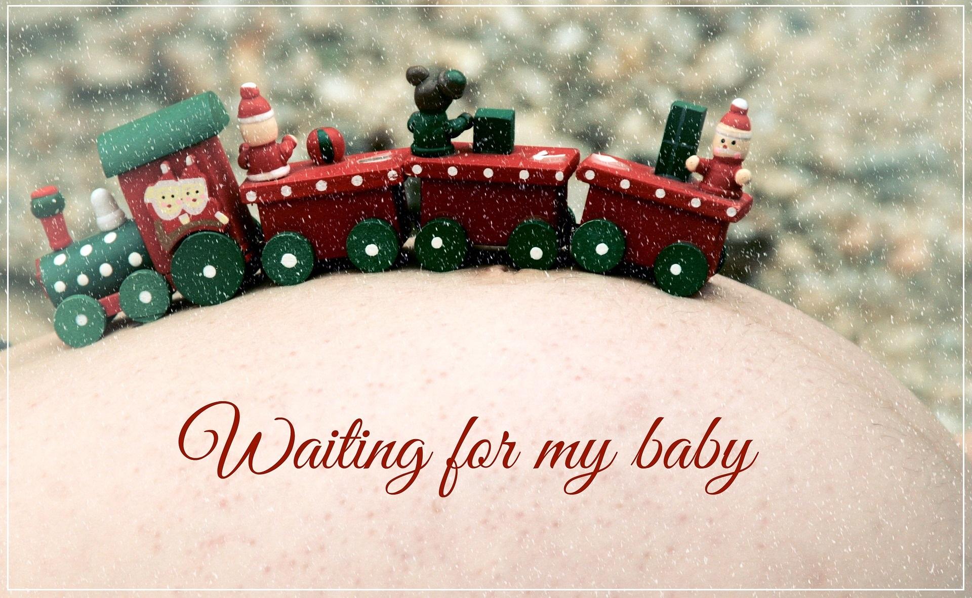 Top 10 des réflexions qui attendent les femmes enceintes à Noël